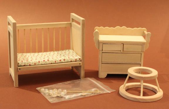 Kinderzimmer-Set in Natur - swisttaler-puppenstuebchen